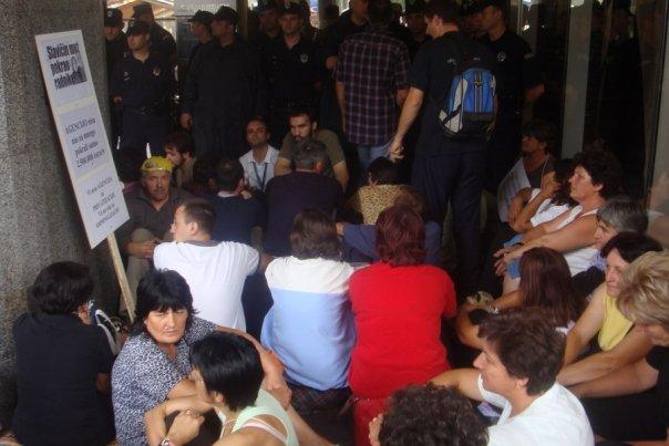 protest-agencija-za-privatizaciju